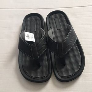 NWT American Eagle by Payless Brody Flip Flops